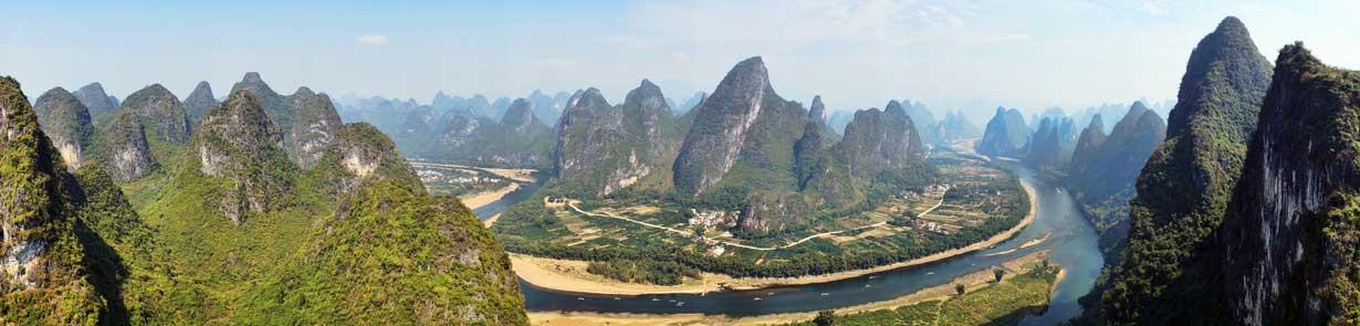 Panorámica del río Li a su paso cerca de Guilin.