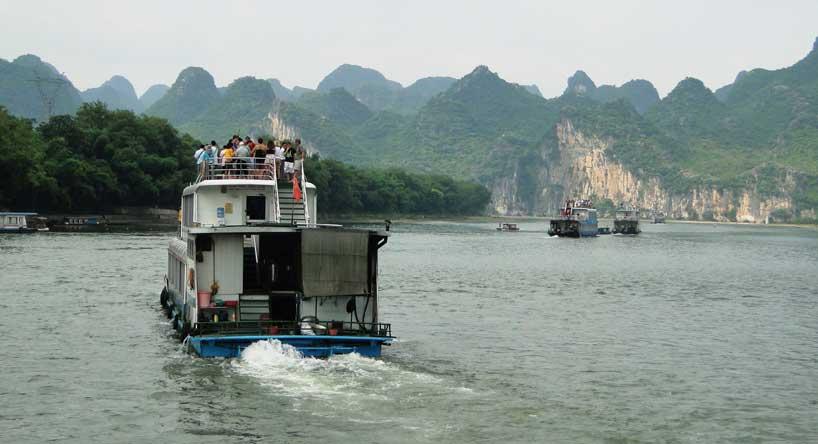 Cruceros por el río Li.