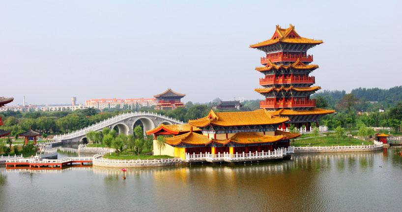 El parque del río en Qingming. Henan