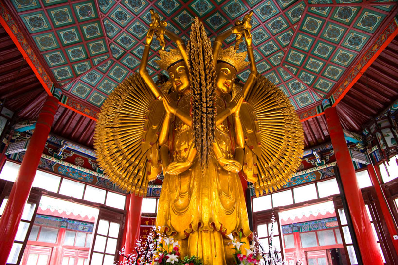 Gran templo en Kaifeng. Henan