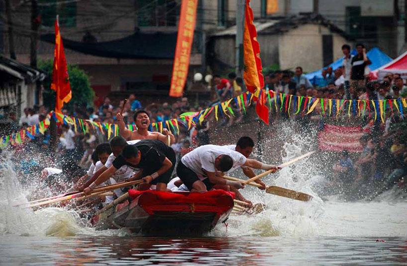 Fiesta del Agua de la etnia dai