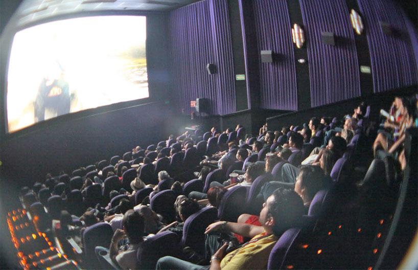 """Jīnwǎn de diànyǐng nǐ qù kàn ma? 今晚的电影你去看吗?/ """"¿Vas a ver la película esta noche?"""""""